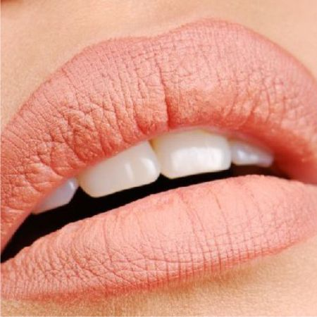 Tips for those who decide to get a permanent lip tattoo