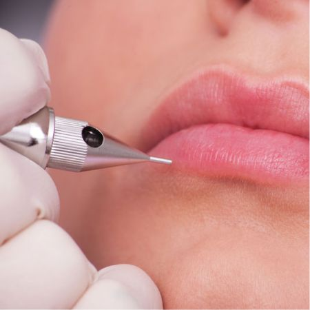 Permanent makeup - permanent makeup lip contour correction