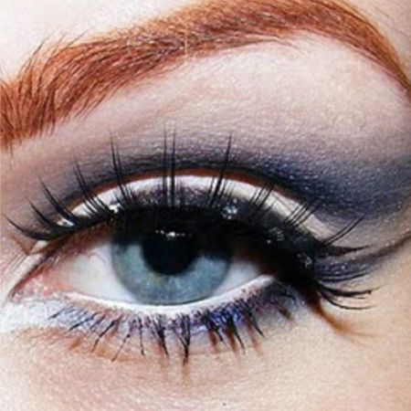 An example of the Cat's Eye Makeup