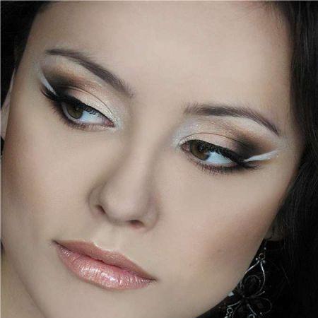 Пример макияж глаз Птичка