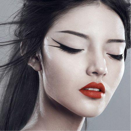 Японские стрелки в макияже глаз