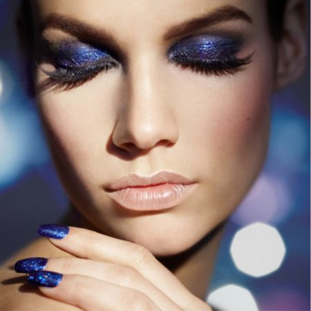 Make-up in blue colors and shades