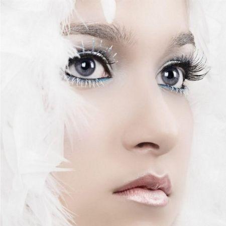 Secrets of white makeup