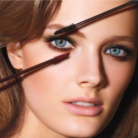 Which Mascara And Eyeliner Is The Best For Blue Eyes?