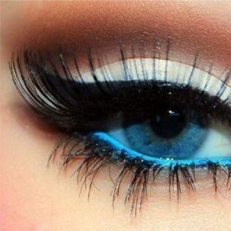 Какая тушь для ресниц и карандаш больше всего подходит для синих глаз?
