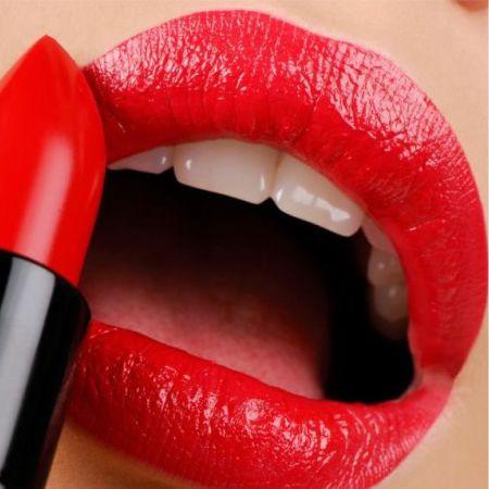 Что такое атласная губная помада?