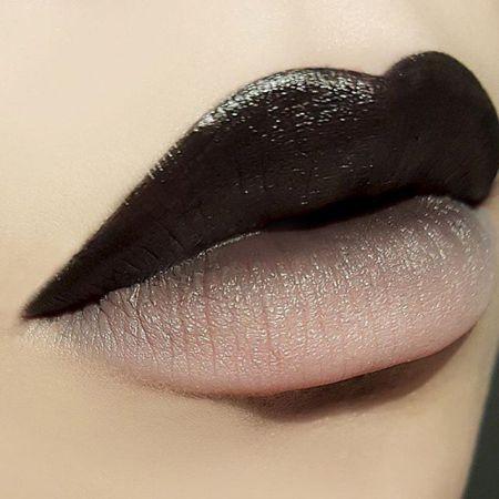 horizontal contrast technique Ombre lips makeup photos