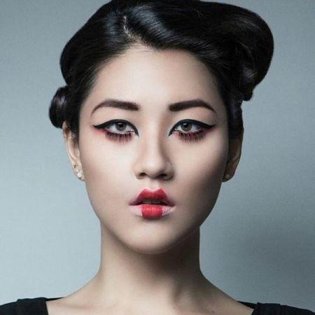 Japanese Geisha Look