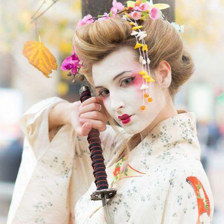 makeup Japanese Geisha Look