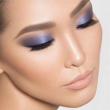 chic oriental makeup