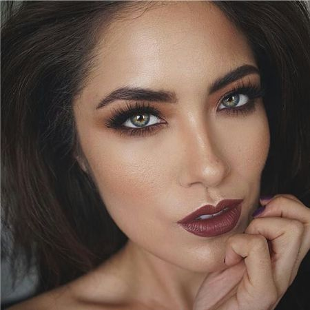 makeup style vamp