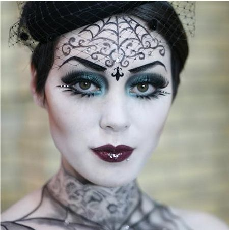 Makeup for Halloween can be stylish