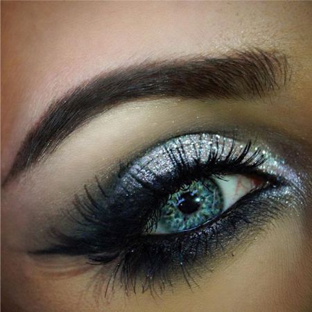 Beautiful New Year makeup