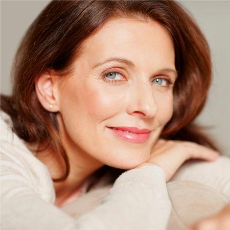 Subtleties of creating age makeup