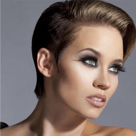 Брюнетка Секреты вечернего макияжа