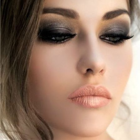 Evening make-up - step by step instructions creating a luxurious way